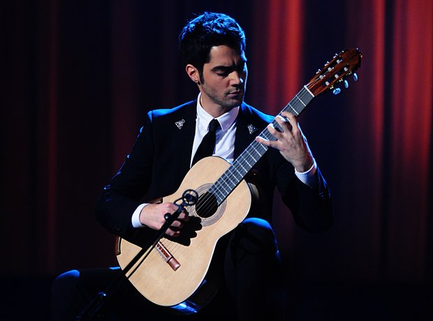 Milos Karadaglic guitarist
