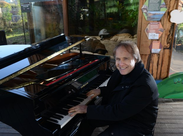 Richard Clayderman at London Zoo
