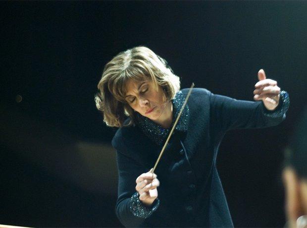 JoAnn Falletta conductor Ulster Orchestra