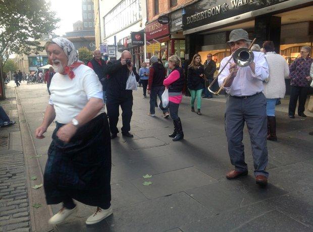 Suchet Dundee trombone