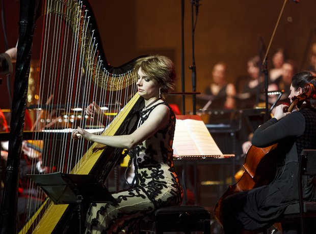 Catrin Finch live at Classic FM Live 2014 in Cardi