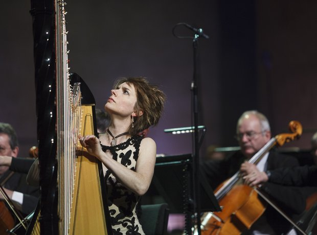 Catrin Finch Classic FM live in Cardiff during reh