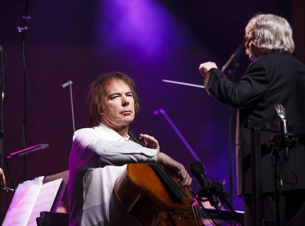 Julian Lloyd Webber Classic FM live in Cardiff dur