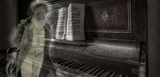 4 classical ghost stories for halloween read by classic for Piano house anthems