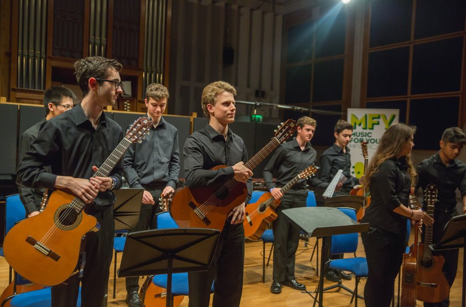 High Wycombe Music Centre Guitar Consort